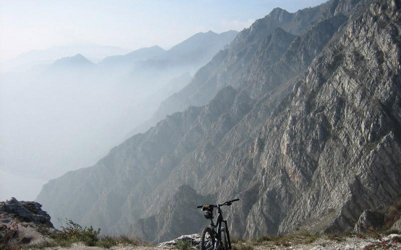 Tremalzo na bicykli