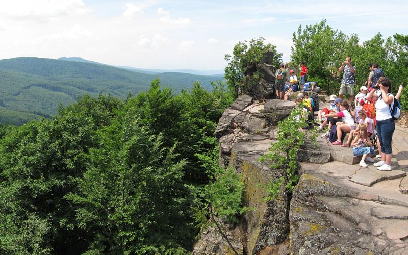 Turisti na Sninskom kameni