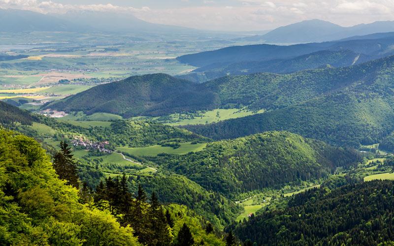 Výhľad z trate do Malinô-Brdo